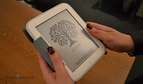 novij nook glowlight ili kindle paperwhite 2